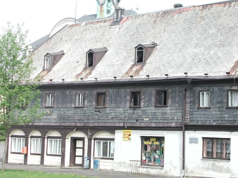 Podstávkový dům - Náměstí č. p. 3